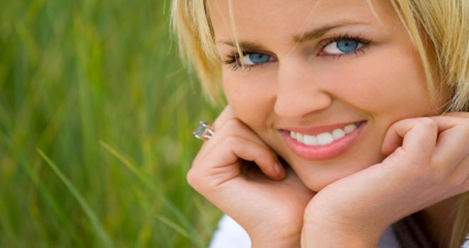 Zoom Teeth Whitening: Dentists and Dental Services in Naples FL